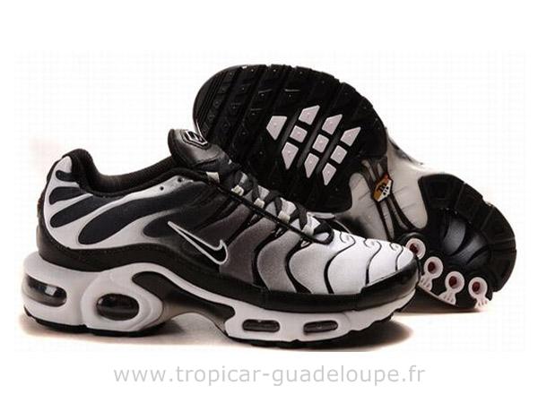 Standardni kopati usaglašenost chaussure nike tn homme pas cher ...