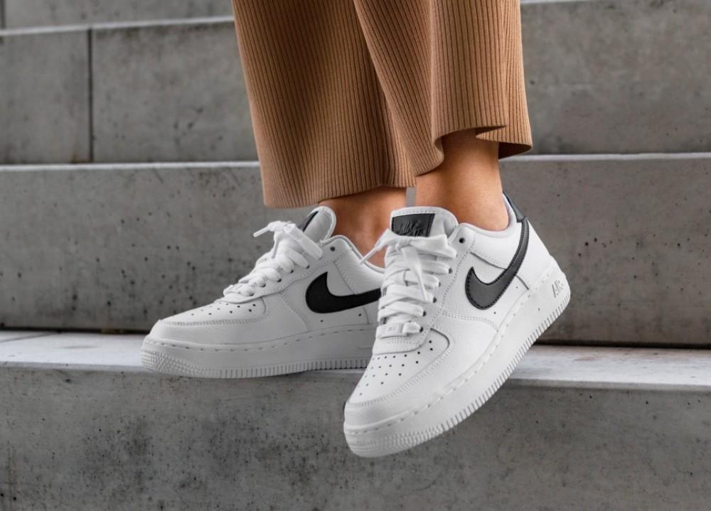 femme air force 1 07 gris et noir,Nike Femme Air Force 1 '07