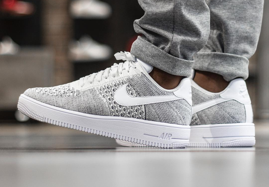 nike air force 1 blanche et grise
