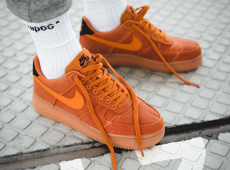 nike air force 1 gris et orange homme,Nike Air Force 1 Just Do It orange Chaussures Baskets homme