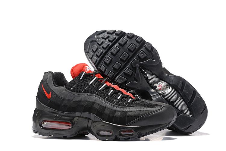 chaussure homme nike air 95